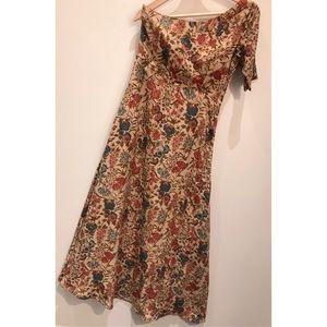Dresses & Skirts - Floral One Shoulder Dress